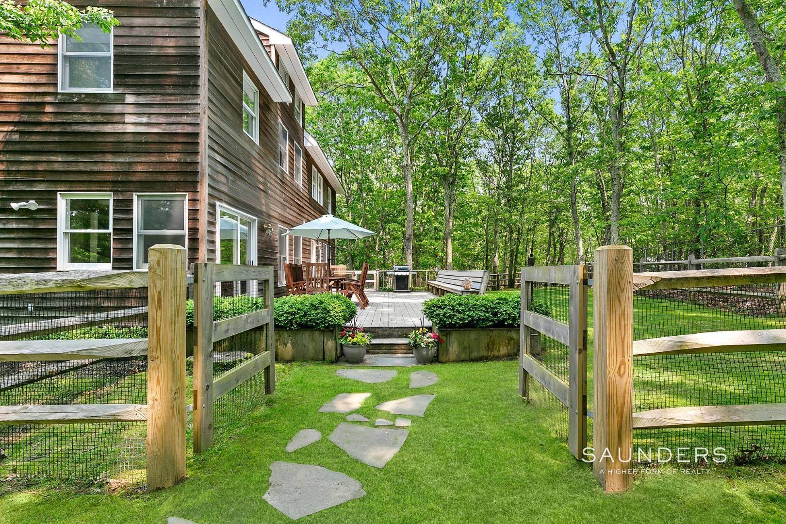 8. Single Family Homes for Sale at Post And Beam Beauty Southampton, Southampton Town, NY 11968