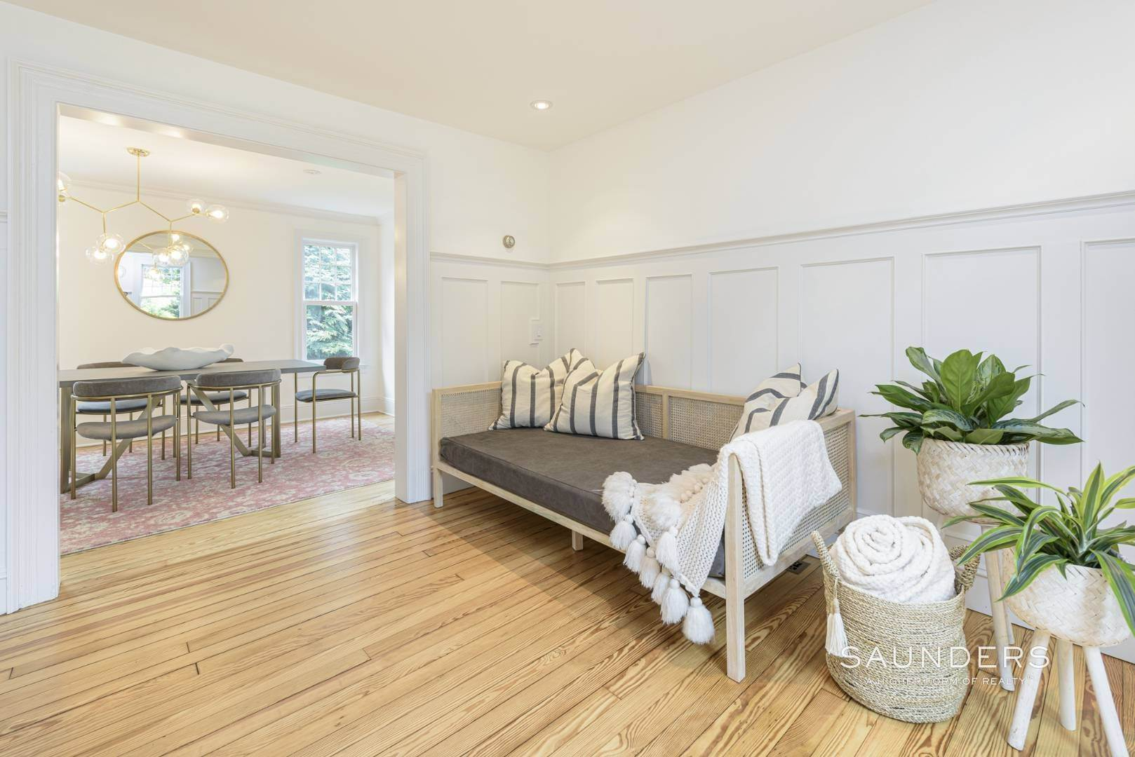 8. Single Family Homes at Classic Chic In East Hampton Village 104 Buell Lane, East Hampton, East Hampton Town, NY 11937