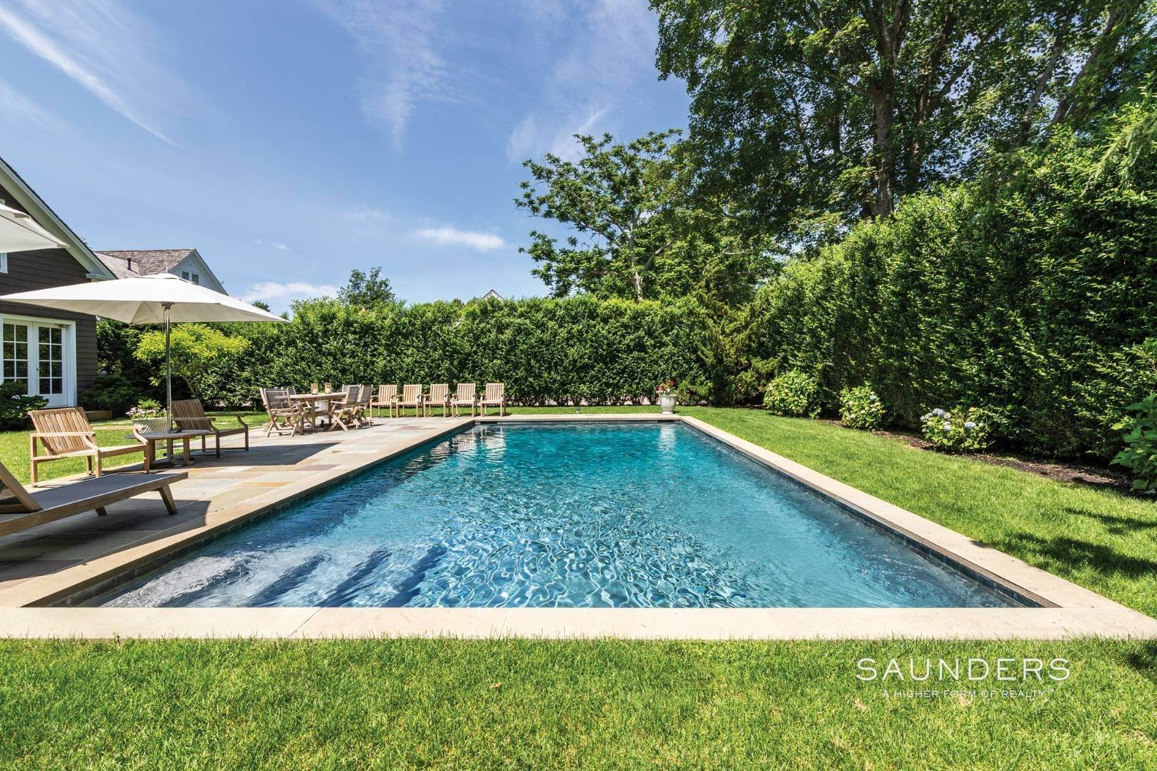 24. Single Family Homes at Classic Chic In East Hampton Village 104 Buell Lane, East Hampton, East Hampton Town, NY 11937
