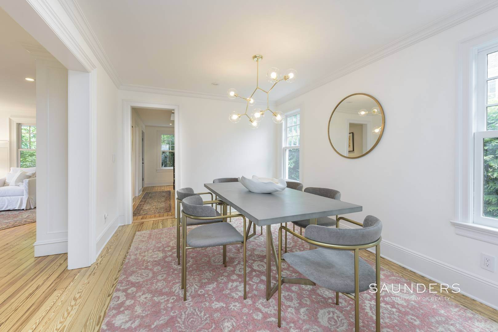 9. Single Family Homes at Classic Chic In East Hampton Village 104 Buell Lane, East Hampton, East Hampton Town, NY 11937