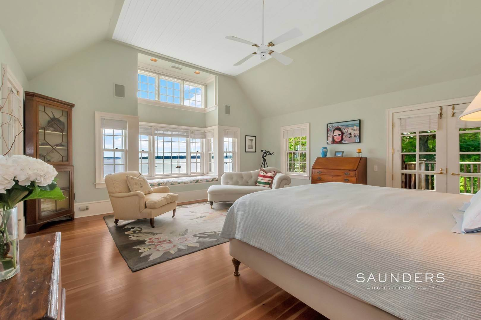 12. Single Family Homes for Sale at Classic Shelter Island Harborfront With Tennis And Pool 30 Little Ram Island Drive, Shelter Island Heights, Shelter Island, NY 11964