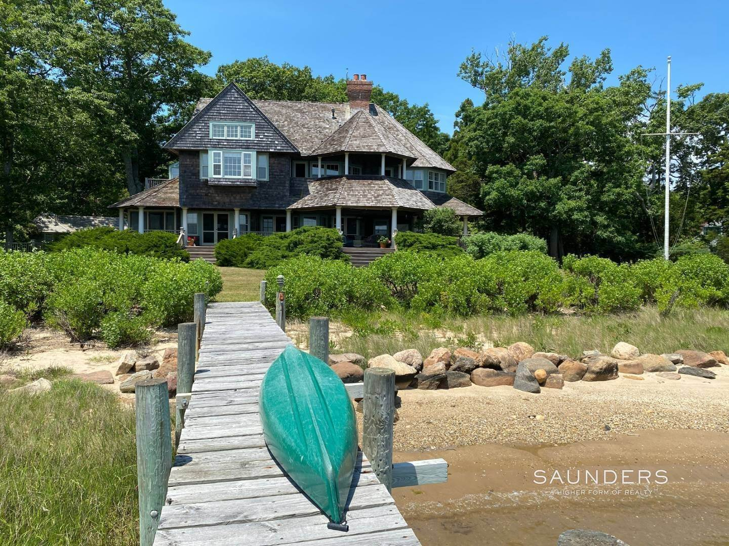 Single Family Homes for Sale at Classic Shelter Island Harborfront With Tennis And Pool 30 Little Ram Island Drive, Shelter Island Heights, Shelter Island, NY 11964