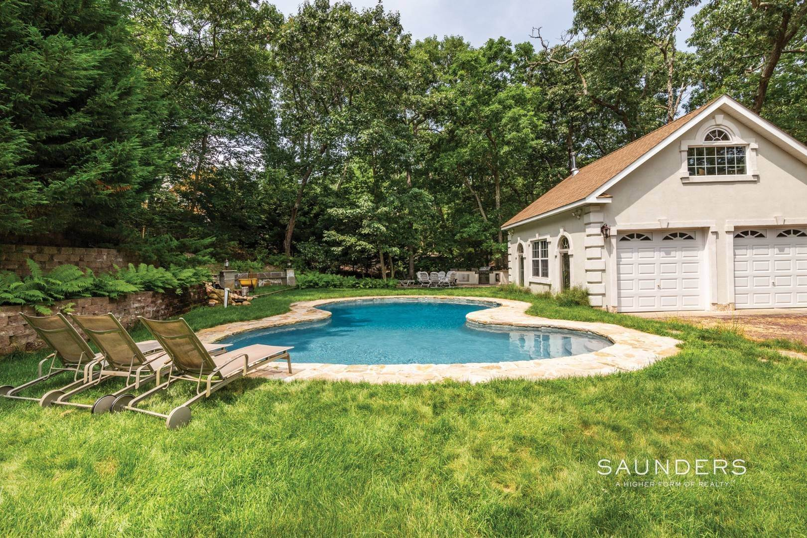 5. Single Family Homes for Sale at Pristine Traditional In Desirable Hampton Waters Community 81 Oyster Shores Road, East Hampton, East Hampton Town, NY 11937