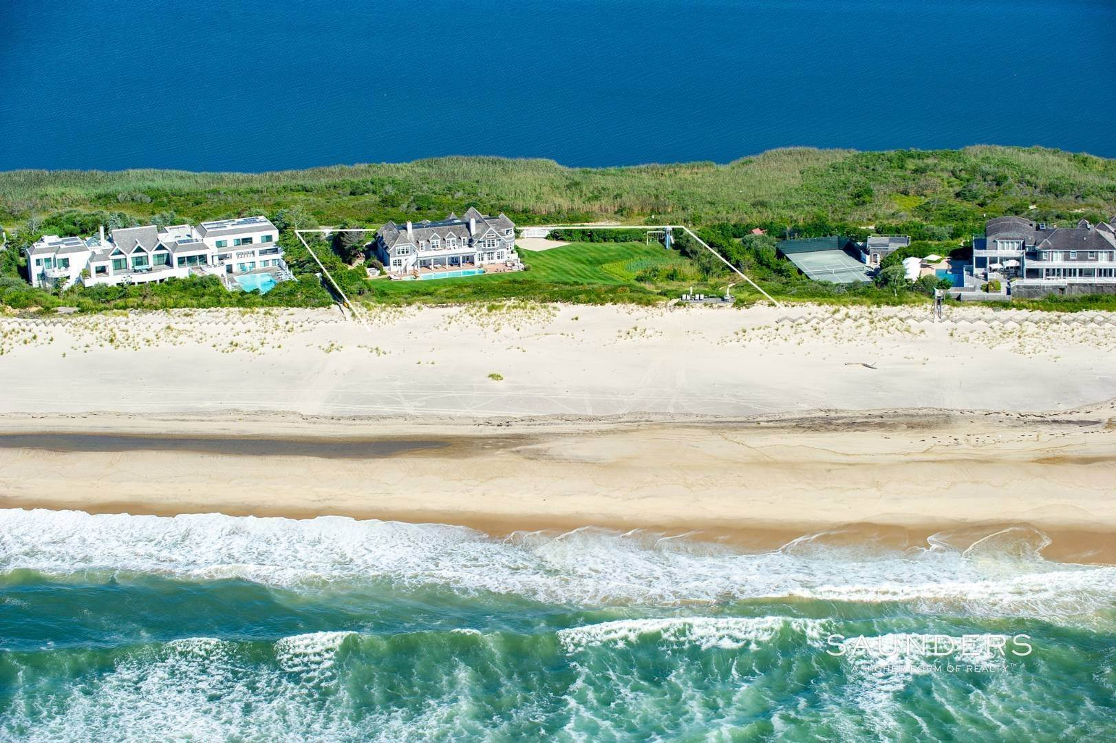 Single Family Homes at Bridgehampton Oceanfront Beach Access And Bay Views Bridgehampton, Southampton Town, NY 11932