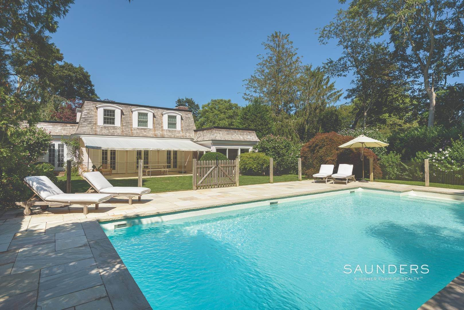 18. Single Family Homes for Sale at Designer-Owned Villa In East Hampton Village Estate Section 46 Woods Lane, East Hampton, East Hampton Town, NY 11937