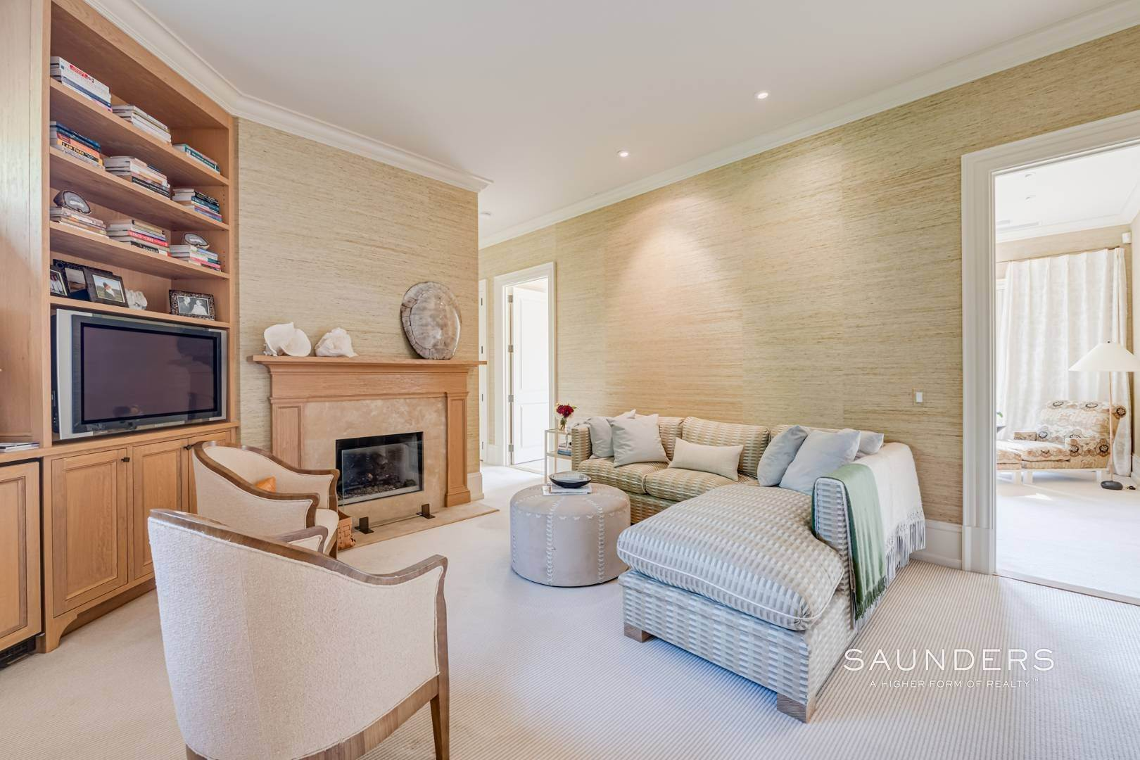7. Single Family Homes for Sale at Secluded Bridgehampton Waterfront Estate 160 & 164 Trelawney Road, Bridgehampton, Southampton Town, NY 11932