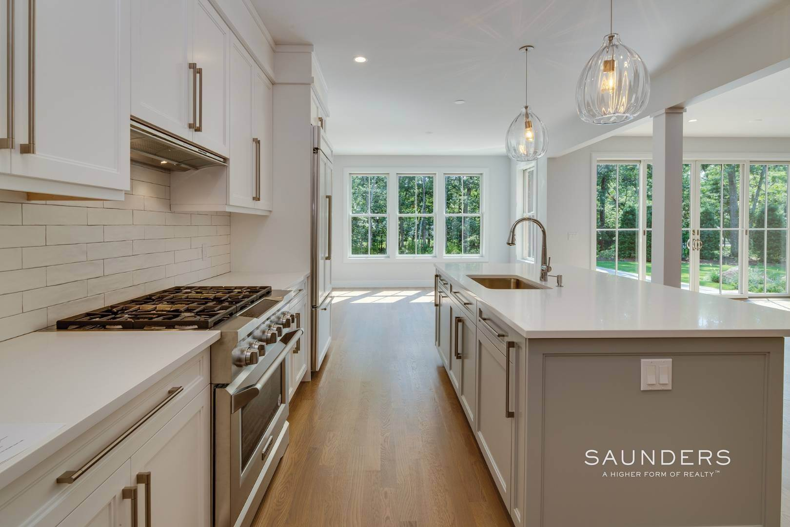 6. Single Family Homes for Sale at Brand New By Forst & Silverblank East Hampton, East Hampton Town, NY 11937