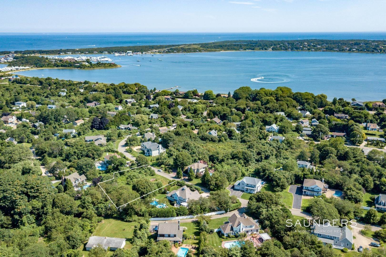 Land for Sale at Ready-To-Build Parcel Montauk, East Hampton Town, NY 11954