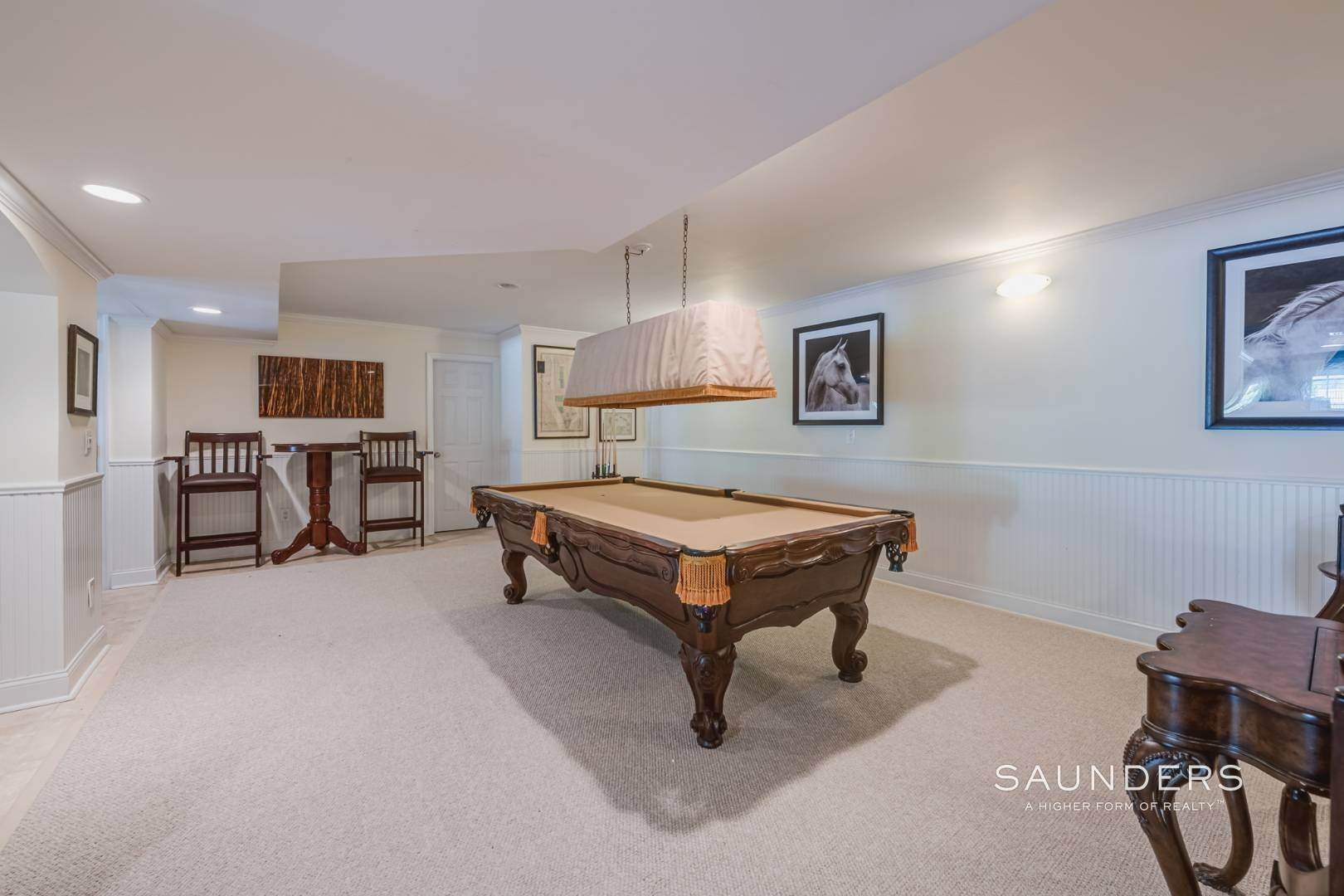 19. Single Family Homes for Sale at Gated Southampton Traditional On 2+ Acres 44 Ocean View Parkway, Southampton, Southampton Town, NY 11968