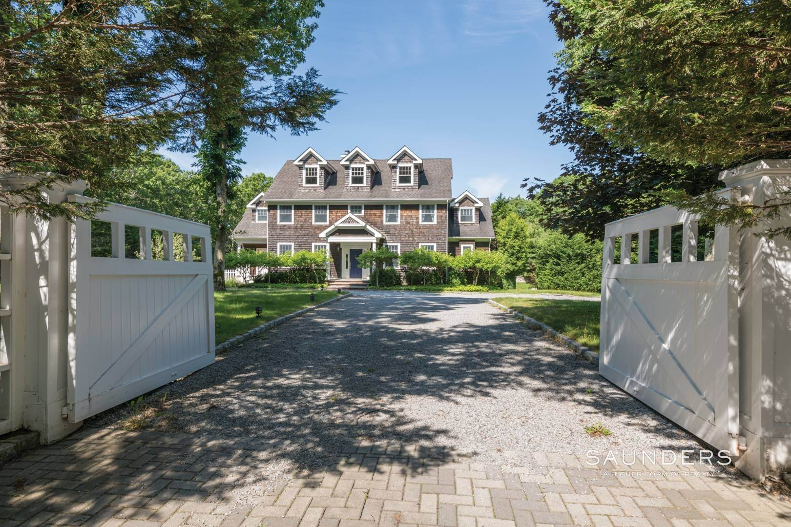 Single Family Homes for Sale at Gated Southampton Traditional On 2+ Acres 44 Ocean View Parkway, Southampton, Southampton Town, NY 11968