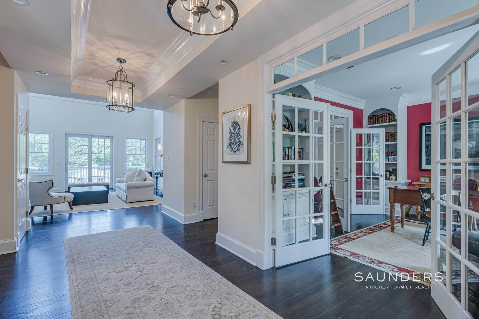9. Single Family Homes for Sale at Gated Southampton Traditional On 2+ Acres 44 Ocean View Parkway, Southampton, Southampton Town, NY 11968