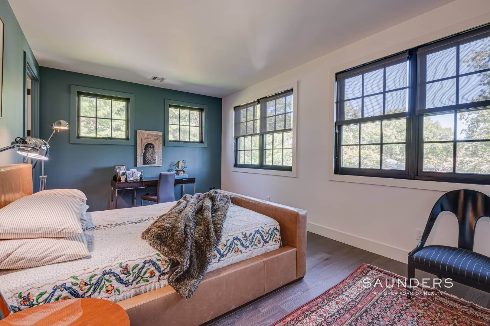 11. Single Family Homes for Sale at Spacious And Private, Consummate Style In Sag Harbor Village 22 Carver Street, Sag Harbor, Southampton Town, NY 11963