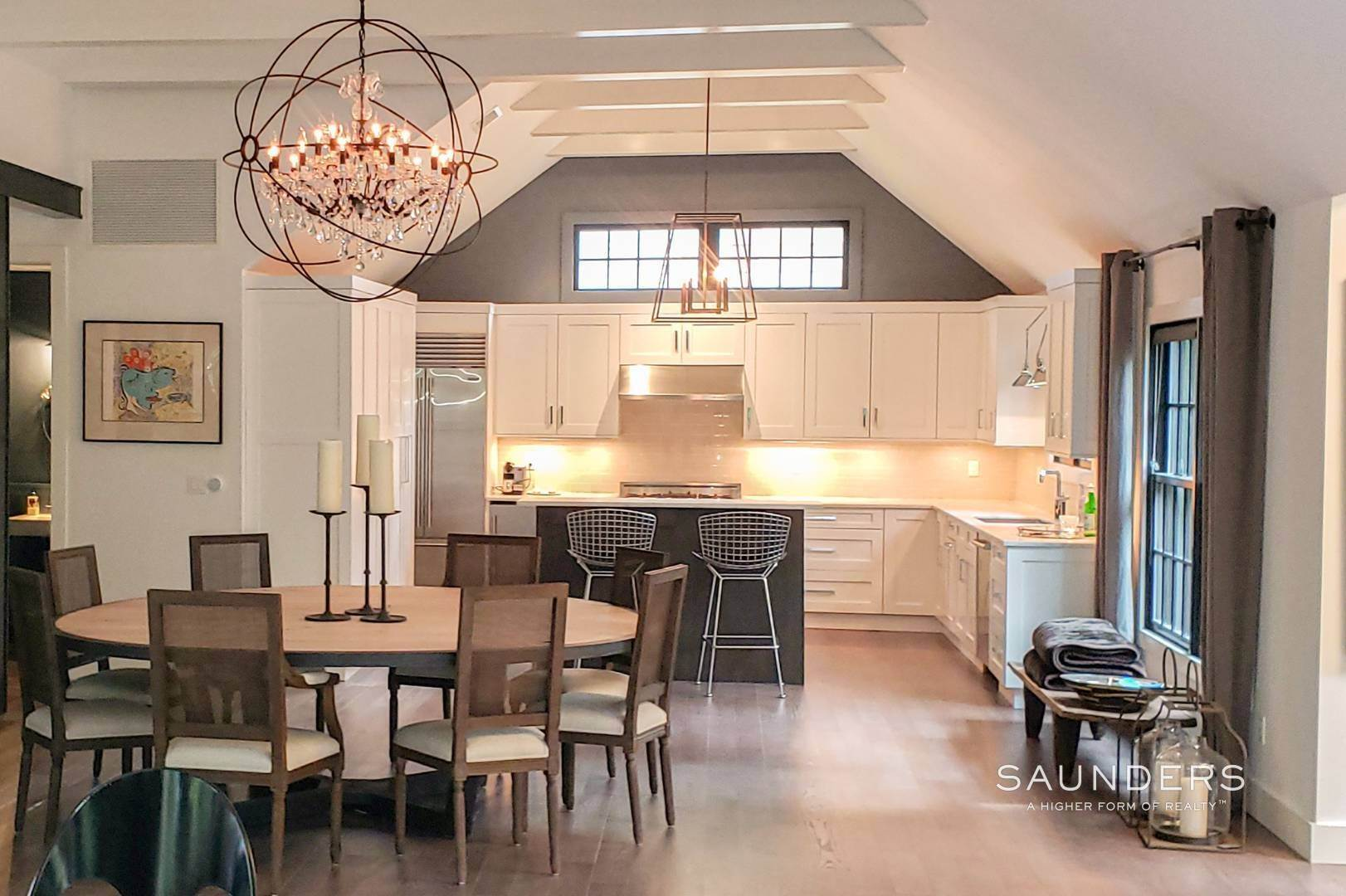 6. Single Family Homes for Sale at Spacious And Private, Consummate Style In Sag Harbor Village 22 Carver Street, Sag Harbor, Southampton Town, NY 11963