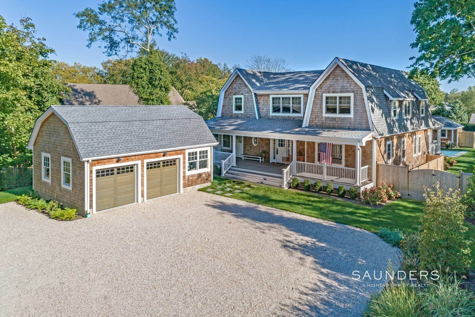 Single Family Homes for Sale at Ideally Located In Amagansett Village Near To Ocean Beaches 114 Montauk Highway, Amagansett, East Hampton Town, NY 11930
