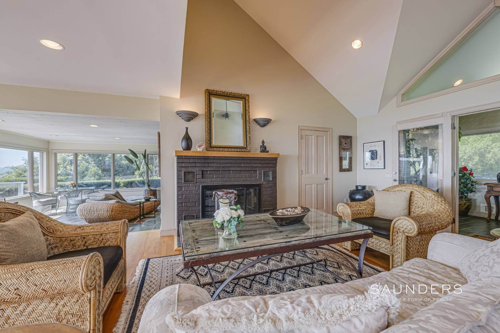 10. Single Family Homes for Sale at Open Bayfront And Boater's Dream 14 Carmel Lane, Hampton Bays, Southampton Town, NY 11946