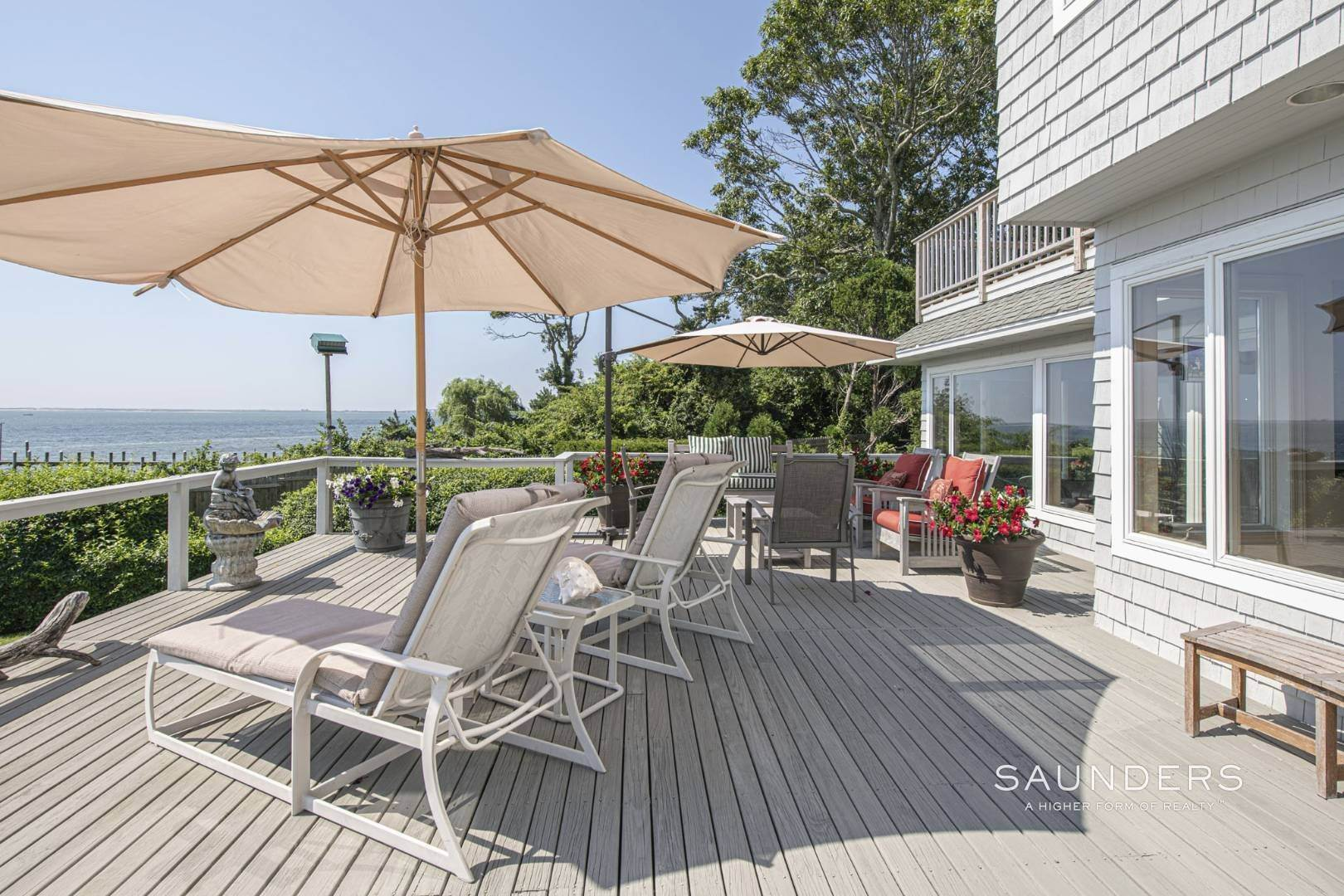 7. Single Family Homes for Sale at Open Bayfront And Boater's Dream 14 Carmel Lane, Hampton Bays, Southampton Town, NY 11946
