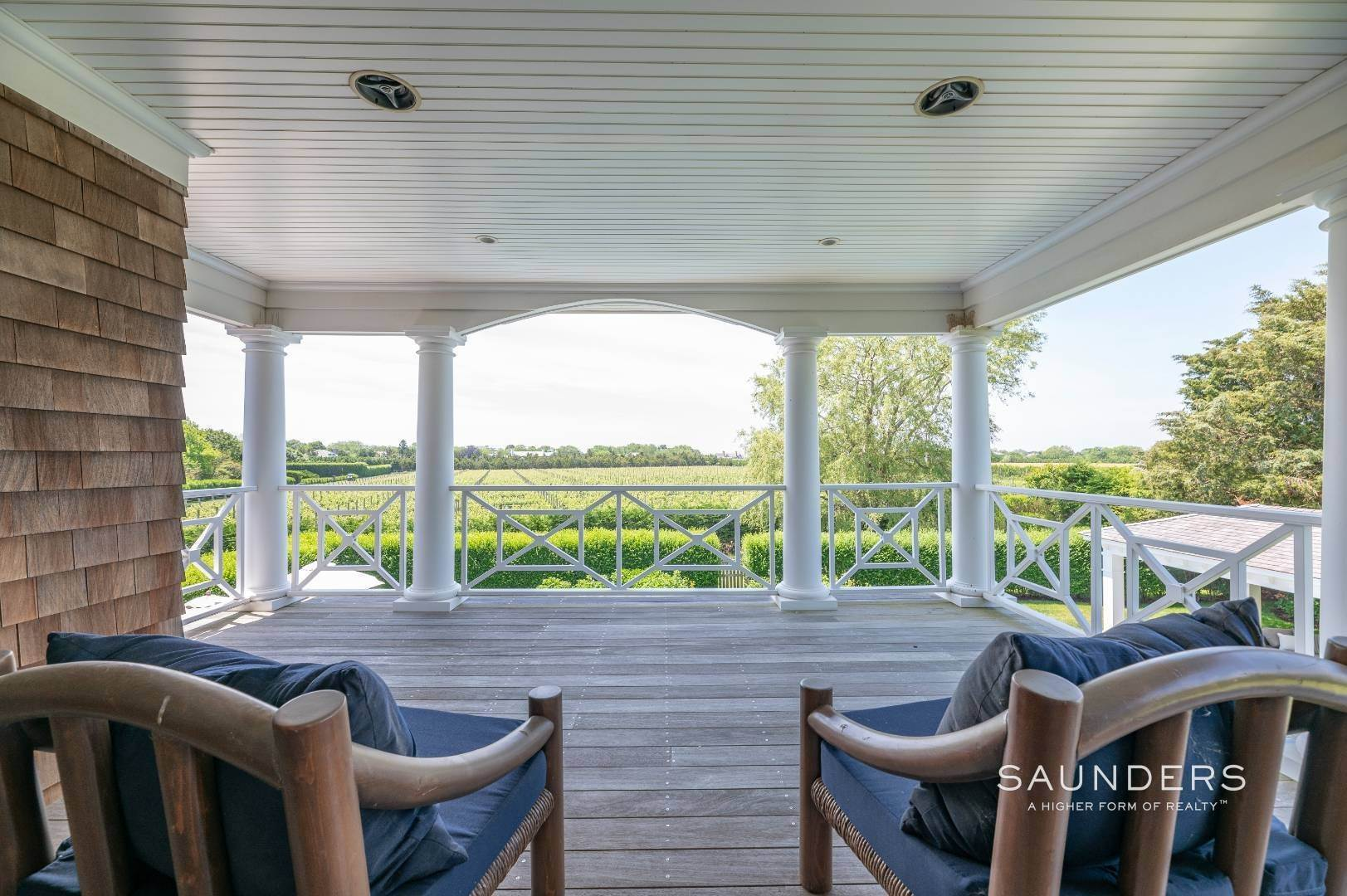 7. Single Family Homes at Bridgehampton South Overlooking A Private Vineyard Bridgehampton, Southampton Town, NY 11932