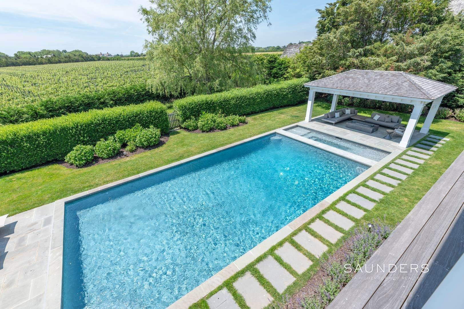 9. Single Family Homes at Bridgehampton South Overlooking A Private Vineyard Bridgehampton, Southampton Town, NY 11932