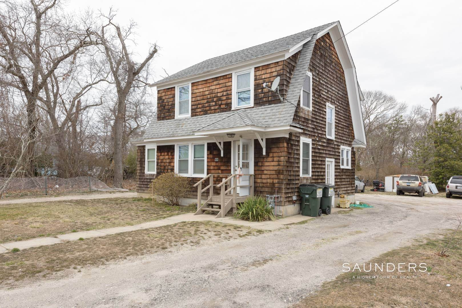 3. Multi-Family Homes for Sale at Flanders Investment Property Opportunity 404 And 406 Flanders Road, Riverside, Southampton Town, NY 11901