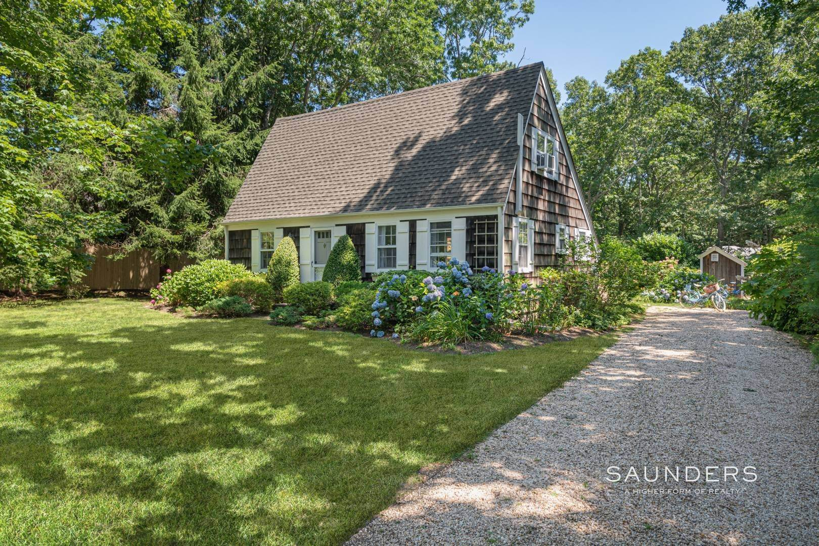 2. Single Family Homes for Sale at Bucolic South Of The Highway In Wainscott 6 Windsor Lane, Wainscott, East Hampton Town, NY 11975