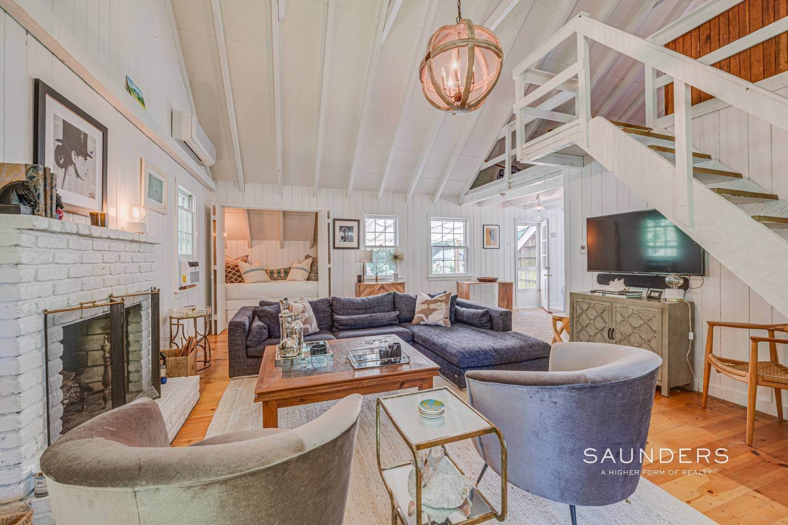 4. Single Family Homes for Sale at Bucolic South Of The Highway In Wainscott 6 Windsor Lane, Wainscott, East Hampton Town, NY 11975