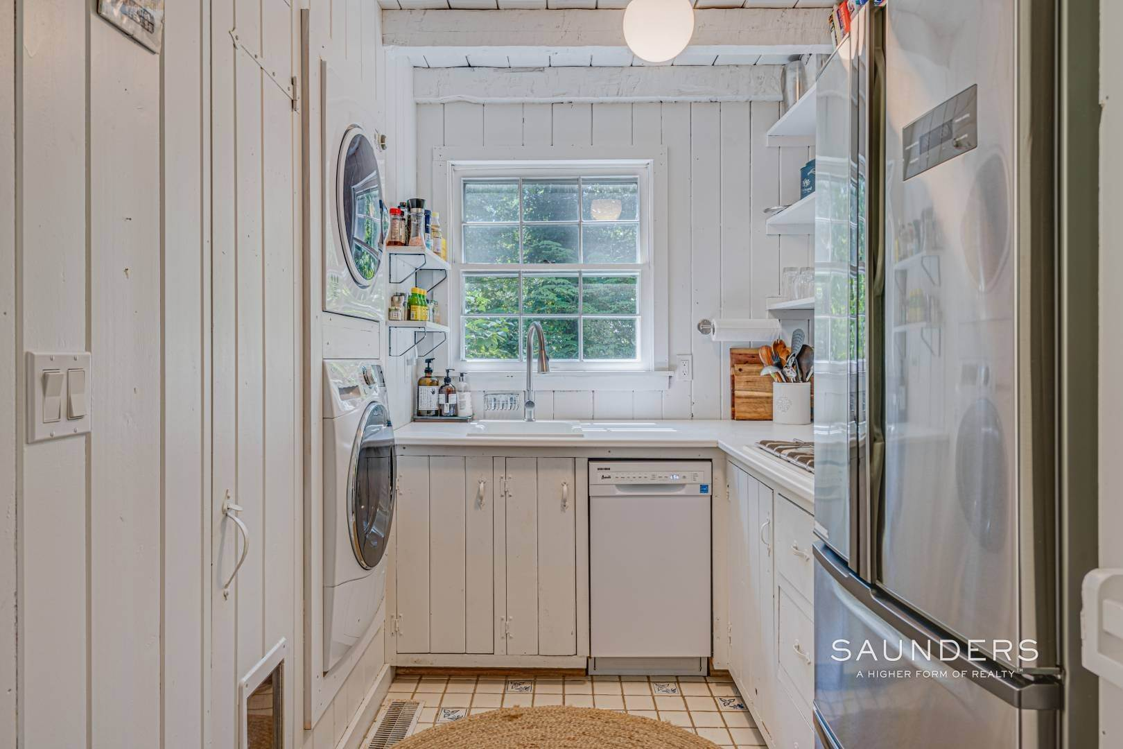 6. Single Family Homes for Sale at Bucolic South Of The Highway In Wainscott 6 Windsor Lane, Wainscott, East Hampton Town, NY 11975