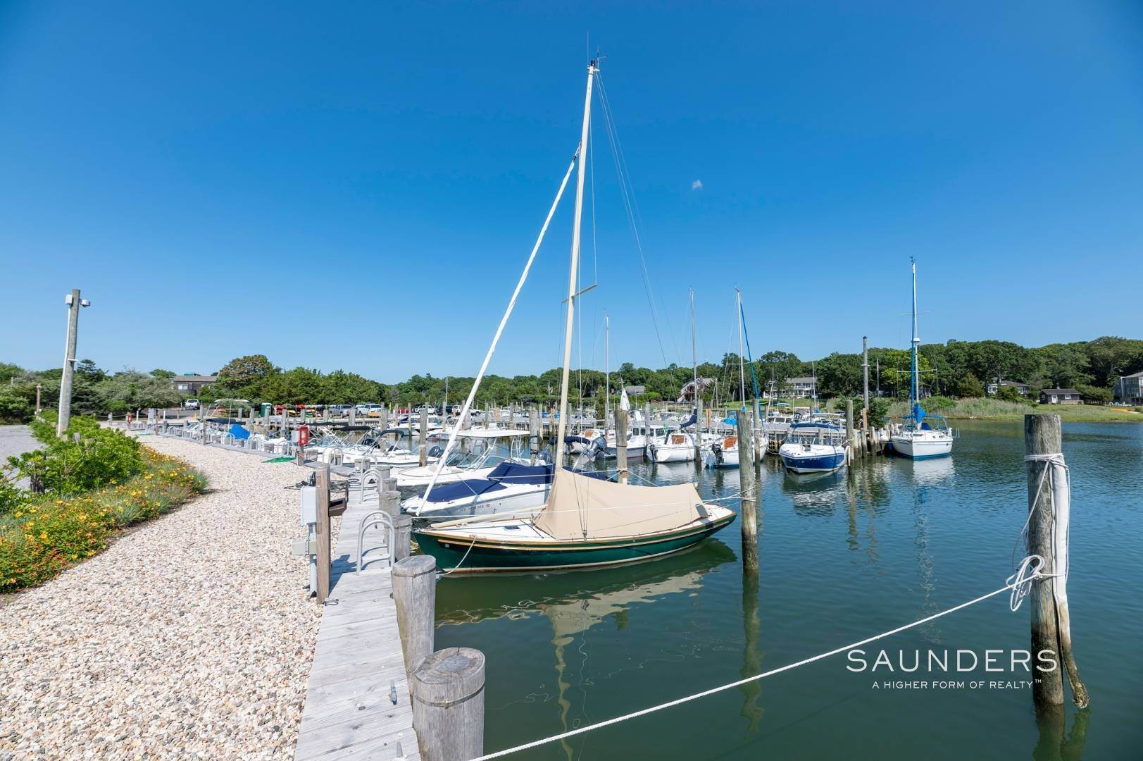 18. Land for Sale at East Hampton Clearwater Beach - Big Piece Of Land 4 Camberly Road, East Hampton, East Hampton Town, NY 11937