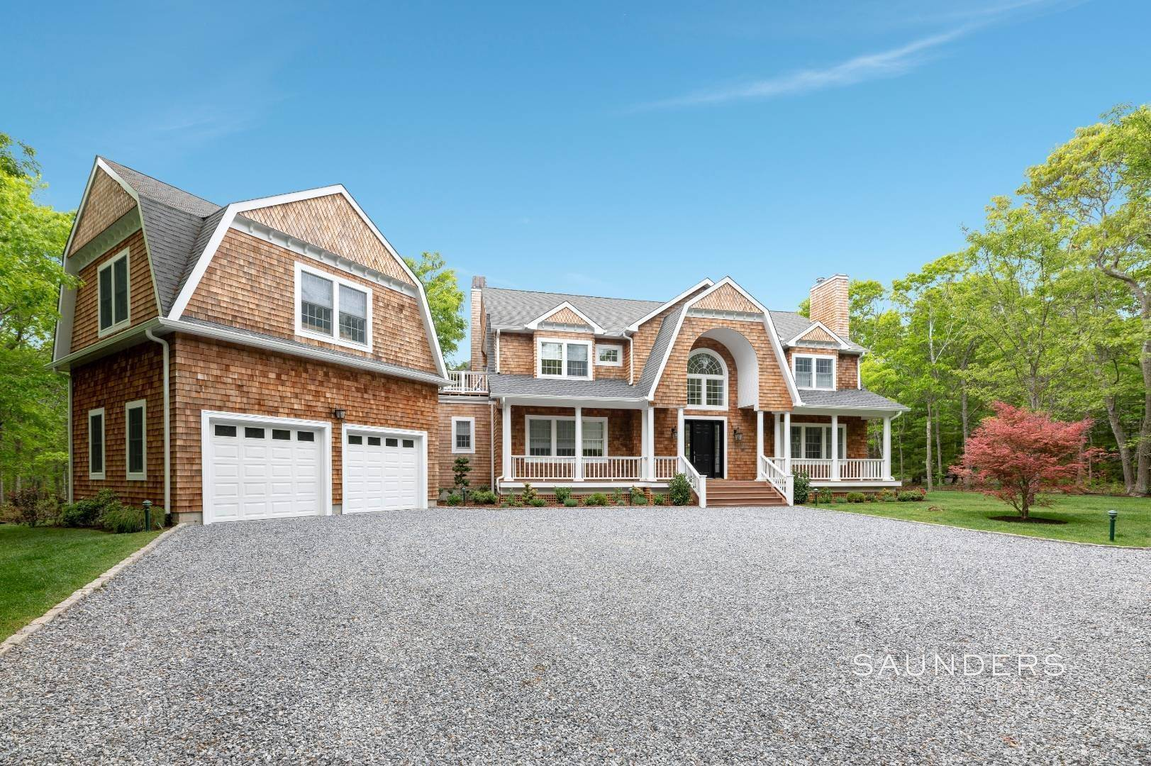 Single Family Homes at Secluded Southampton With Pool And Tennis 1766 Majors Path, Southampton, Southampton Town, NY 11968