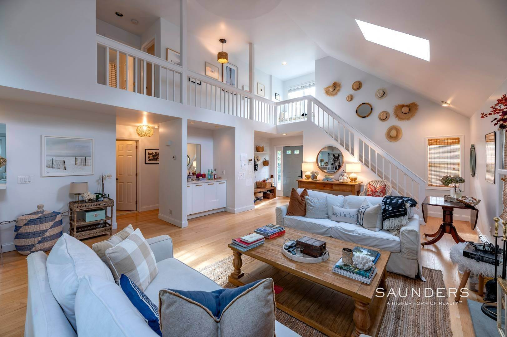 9. Single Family Homes at Sag Harbor Charmer Close To Long Beach 87 Bayview Drive West, Sag Harbor, Southampton Town, NY 11963