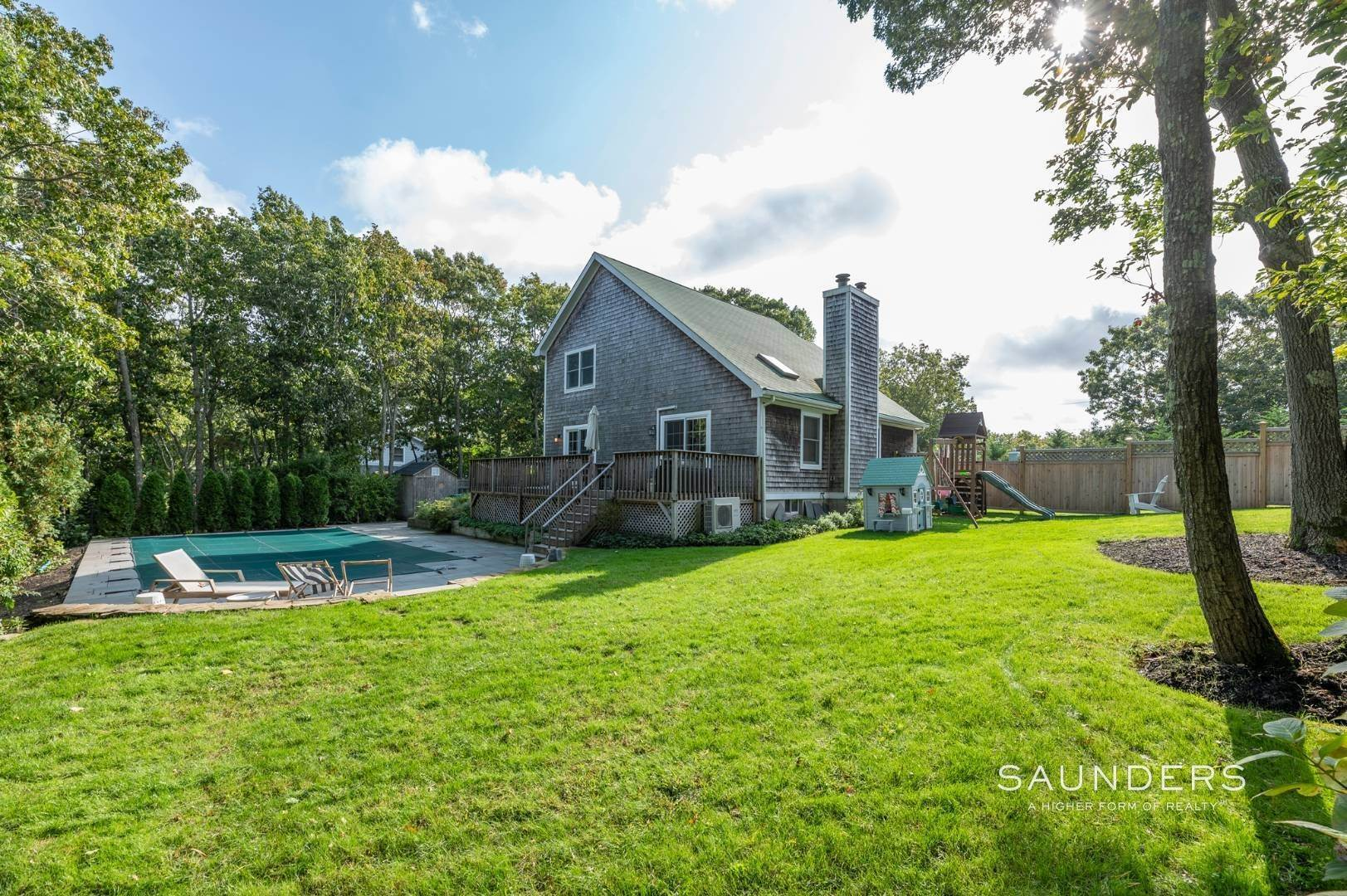 Single Family Homes at Sag Harbor Charmer Close To Long Beach 87 Bayview Drive West, Sag Harbor, Southampton Town, NY 11963