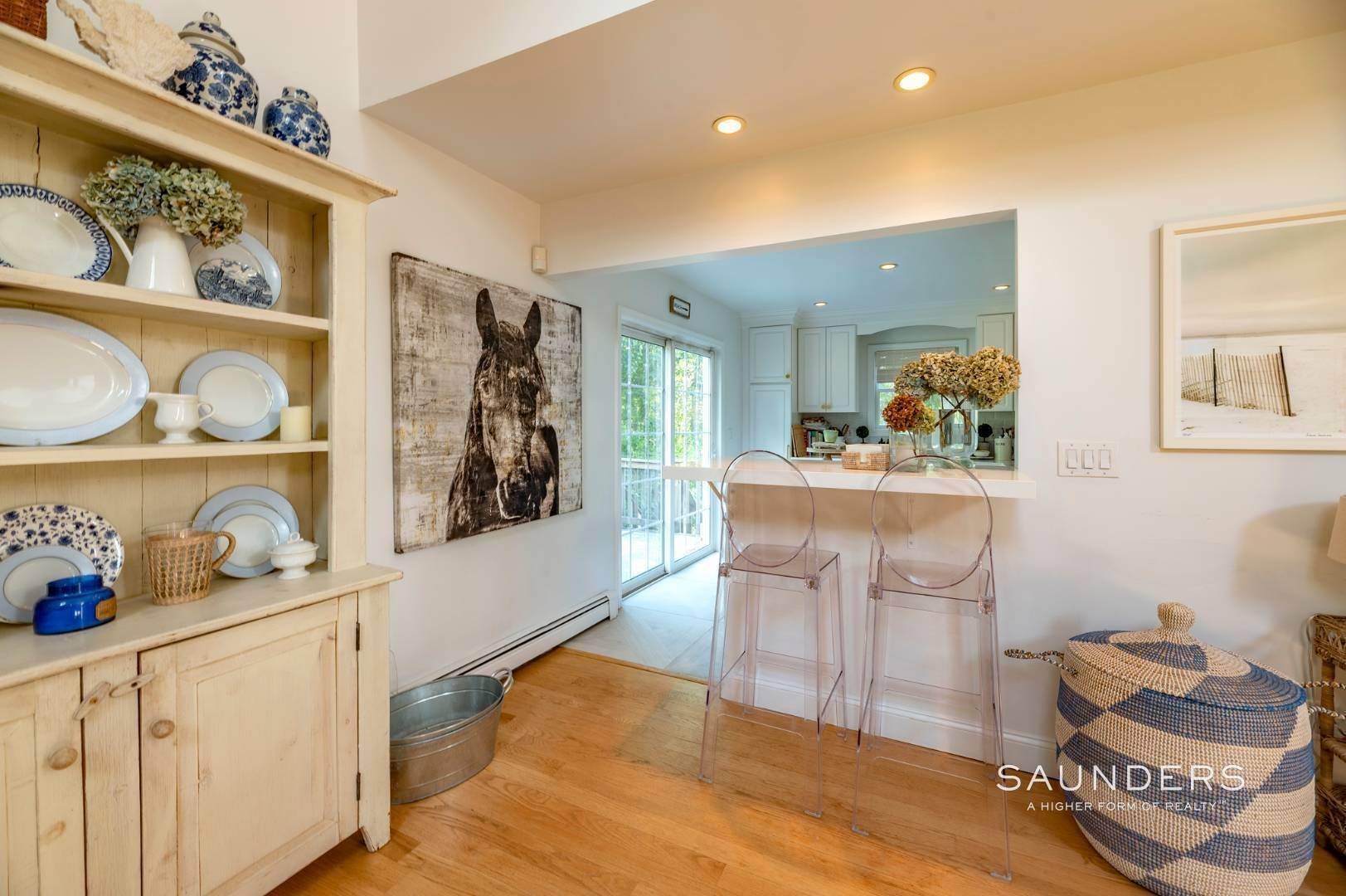 10. Single Family Homes at Sag Harbor Charmer Close To Long Beach 87 Bayview Drive West, Sag Harbor, Southampton Town, NY 11963