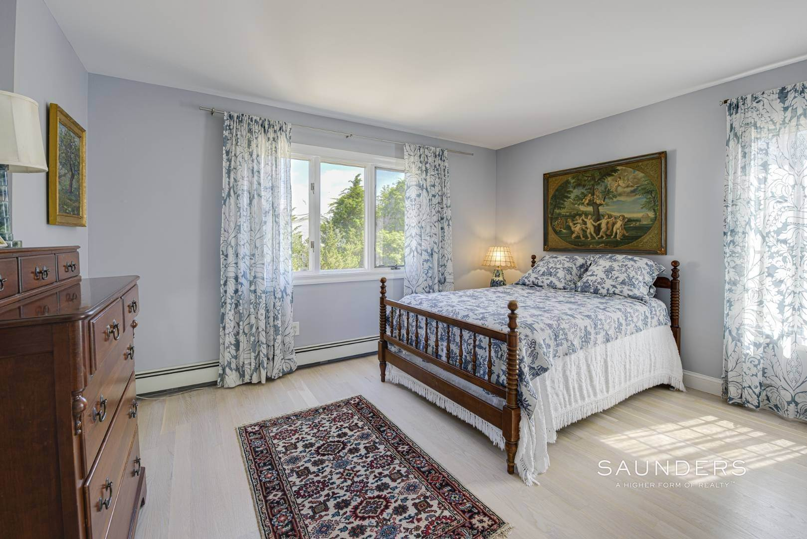 14. Single Family Homes for Sale at Renovated Beach House 39 Inlet Road East, Southampton, Southampton Town, NY 11968