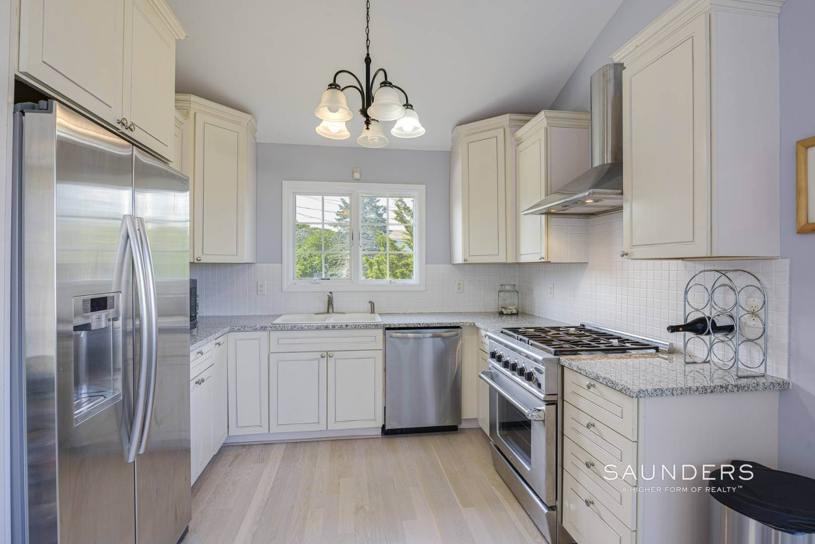 9. Single Family Homes for Sale at Renovated Beach House 39 Inlet Road East, Southampton, Southampton Town, NY 11968
