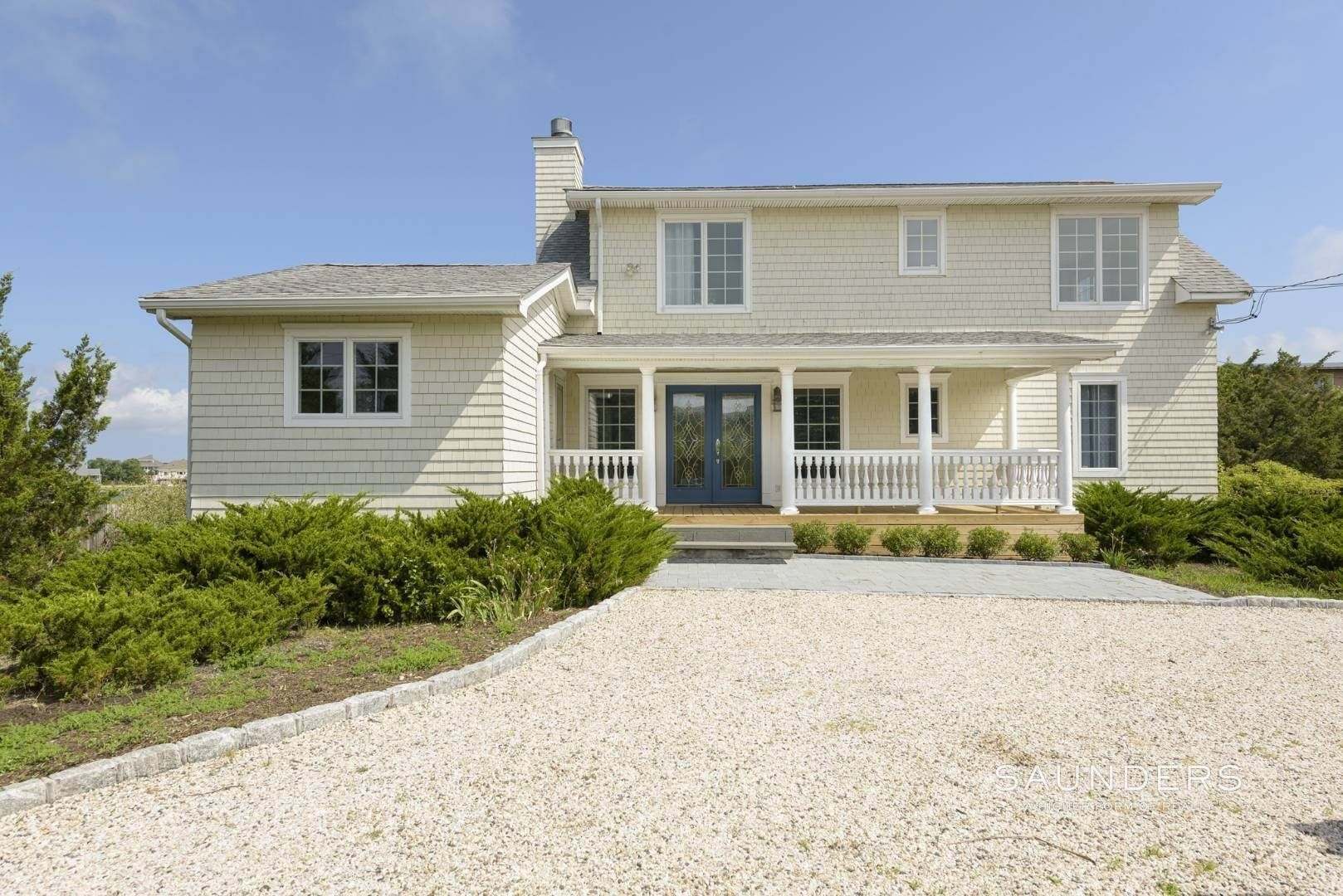 2. Single Family Homes for Sale at Renovated Beach House 39 Inlet Road East, Southampton, Southampton Town, NY 11968
