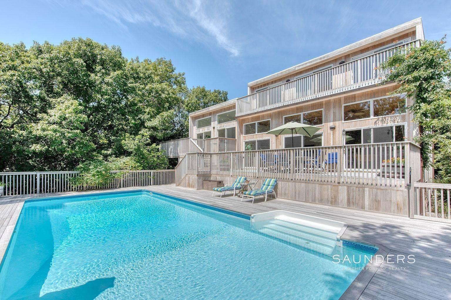 Single Family Homes for Sale at Amagansett Hideaway - New To The Market 35 Devonshire Lane, Amagansett, East Hampton Town, NY 11930