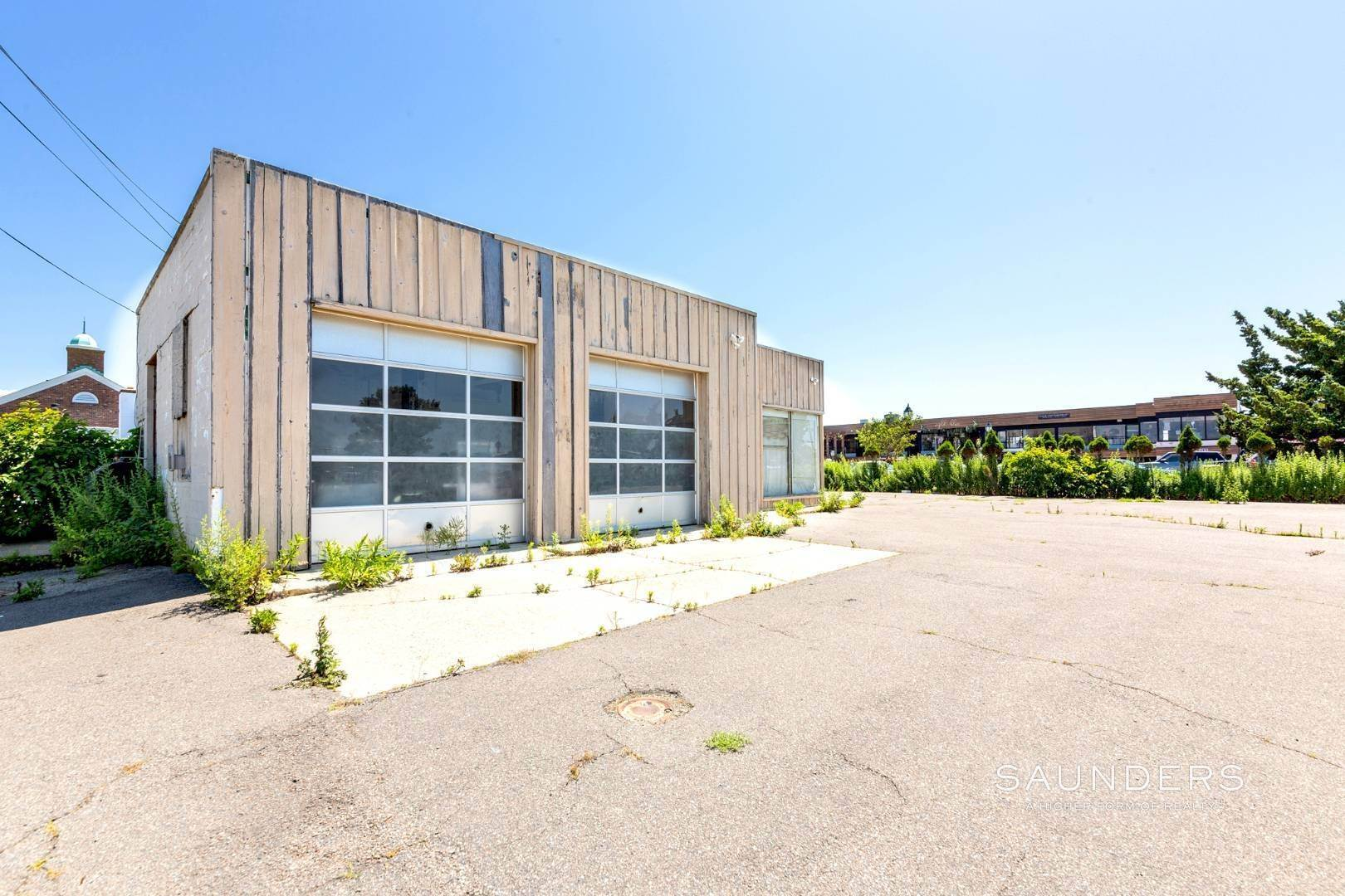 3. Commercial for Sale at Heart Of Montauk- Commercial Property For Sale 717 Montauk Highway, Montauk, East Hampton Town, NY 11954