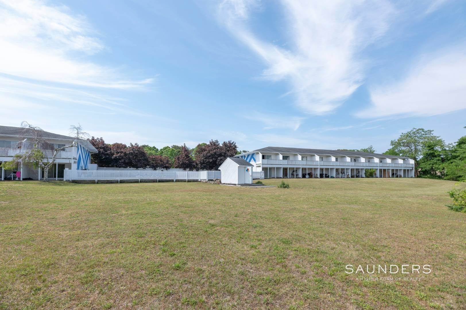 25. Commercial for Sale at Just Listed! Southampton Hotel 161 Hills Station Road, Southampton, Southampton Town, NY 11968