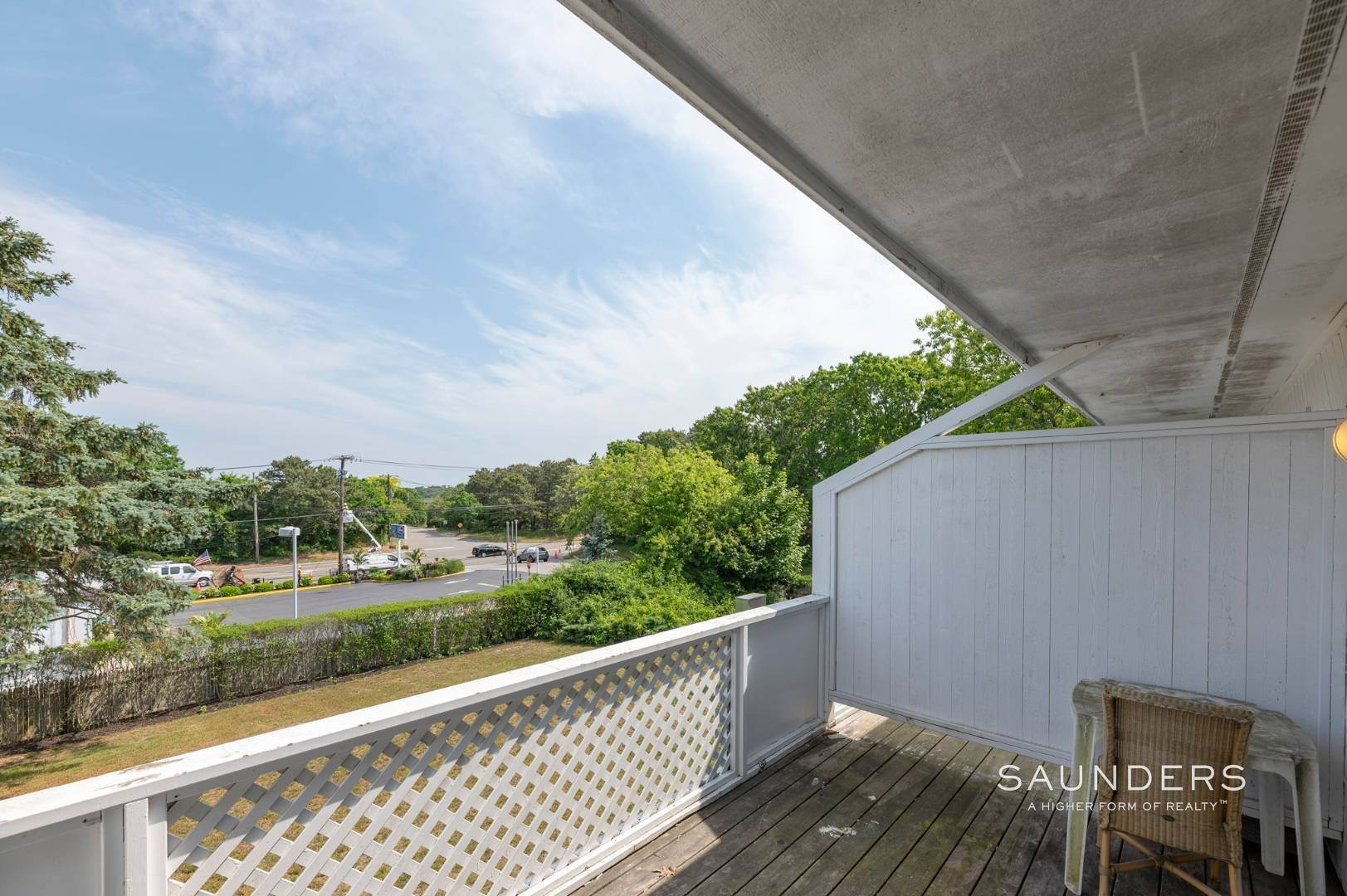 21. Commercial for Sale at Just Listed! Southampton Hotel 161 Hills Station Road, Southampton, Southampton Town, NY 11968