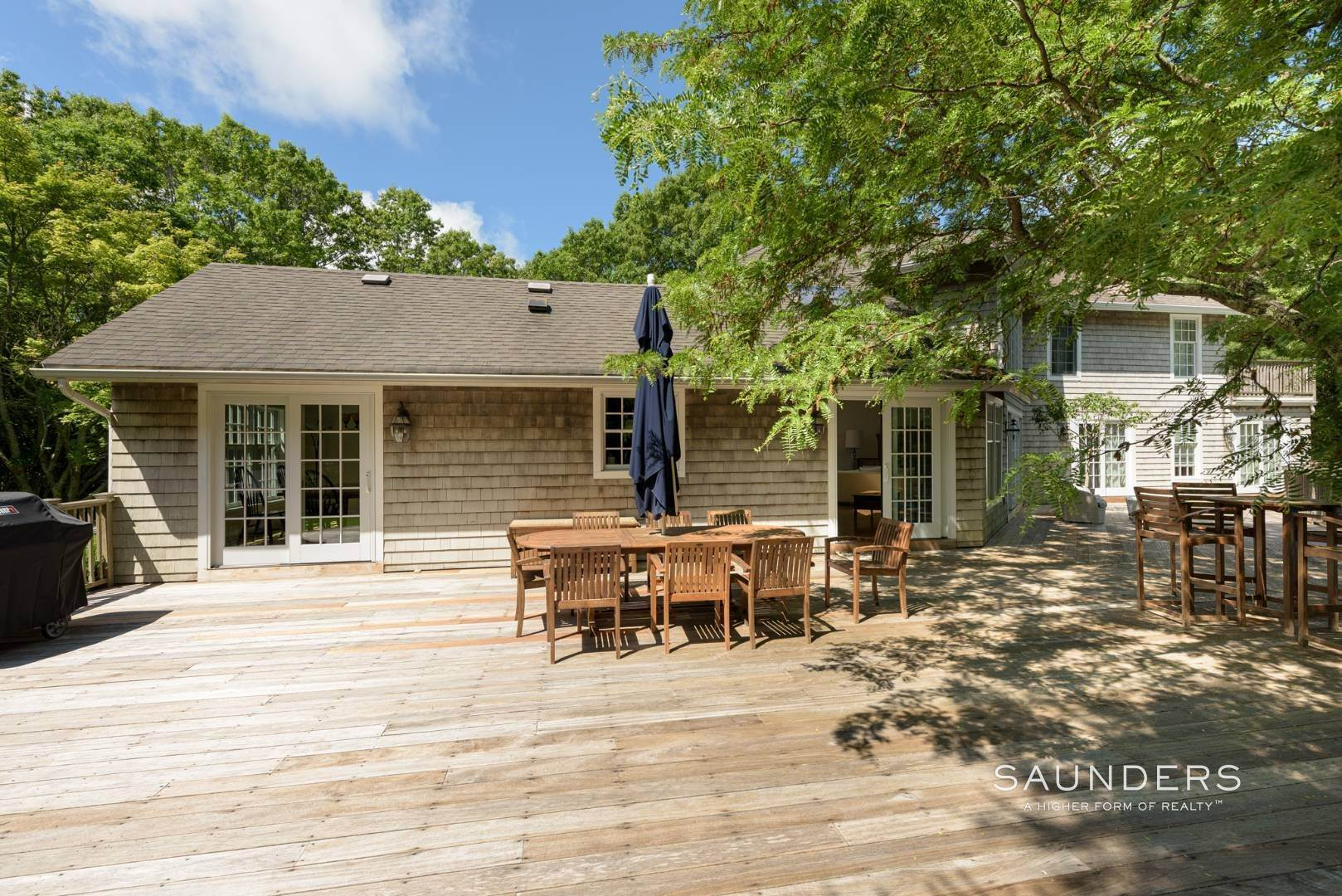 7. Single Family Homes for Sale at Entertain In East Hampton 14 Joshua's Path, East Hampton, East Hampton Town, NY 11937