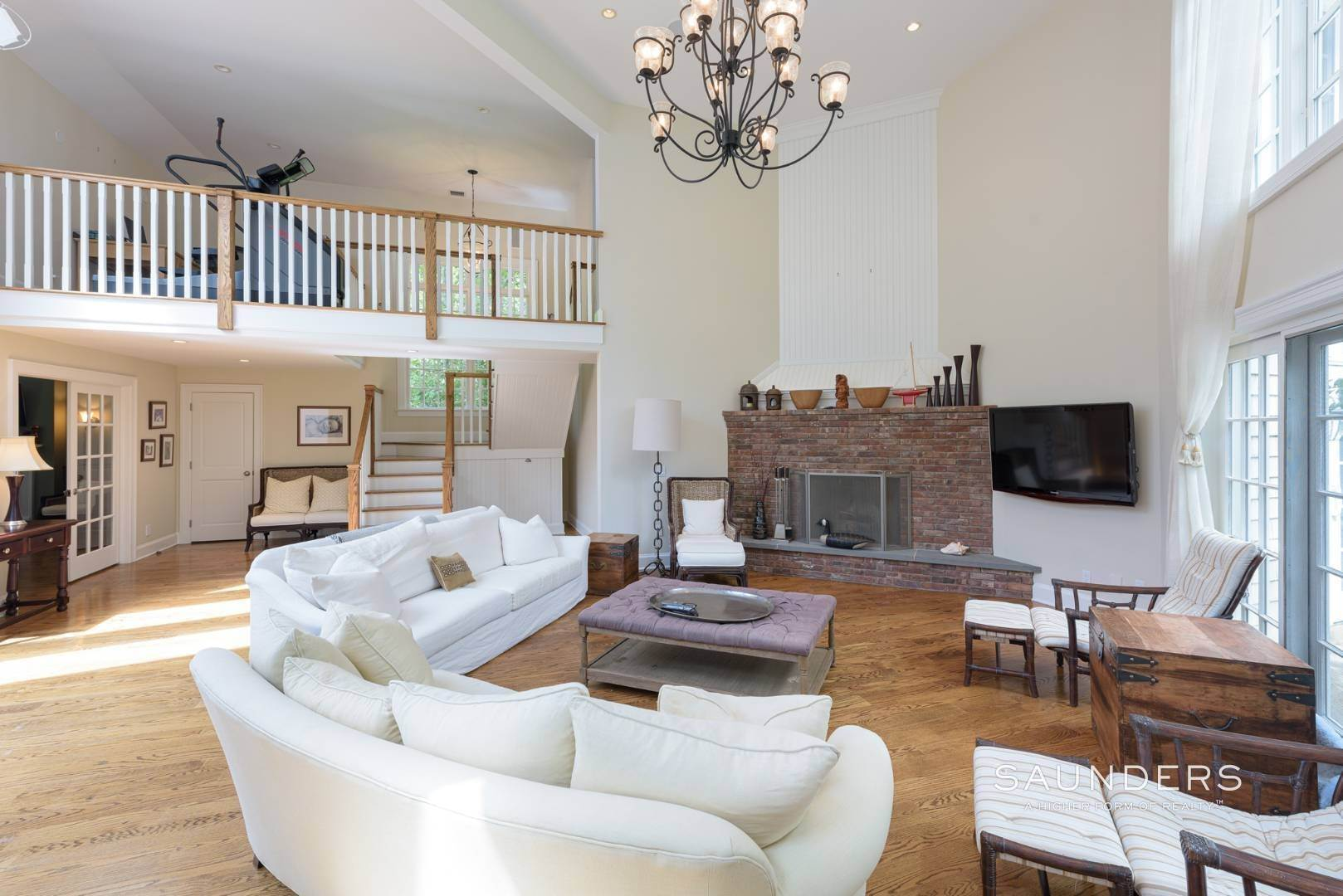 9. Single Family Homes for Sale at Entertain In East Hampton 14 Joshua's Path, East Hampton, East Hampton Town, NY 11937