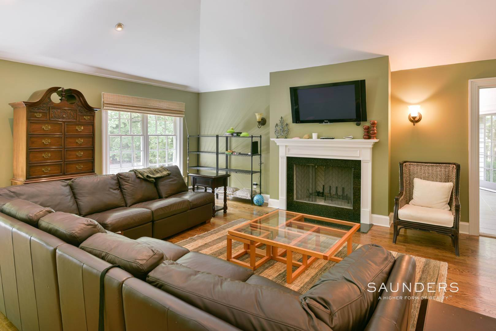 13. Single Family Homes for Sale at Entertain In East Hampton 14 Joshua's Path, East Hampton, East Hampton Town, NY 11937