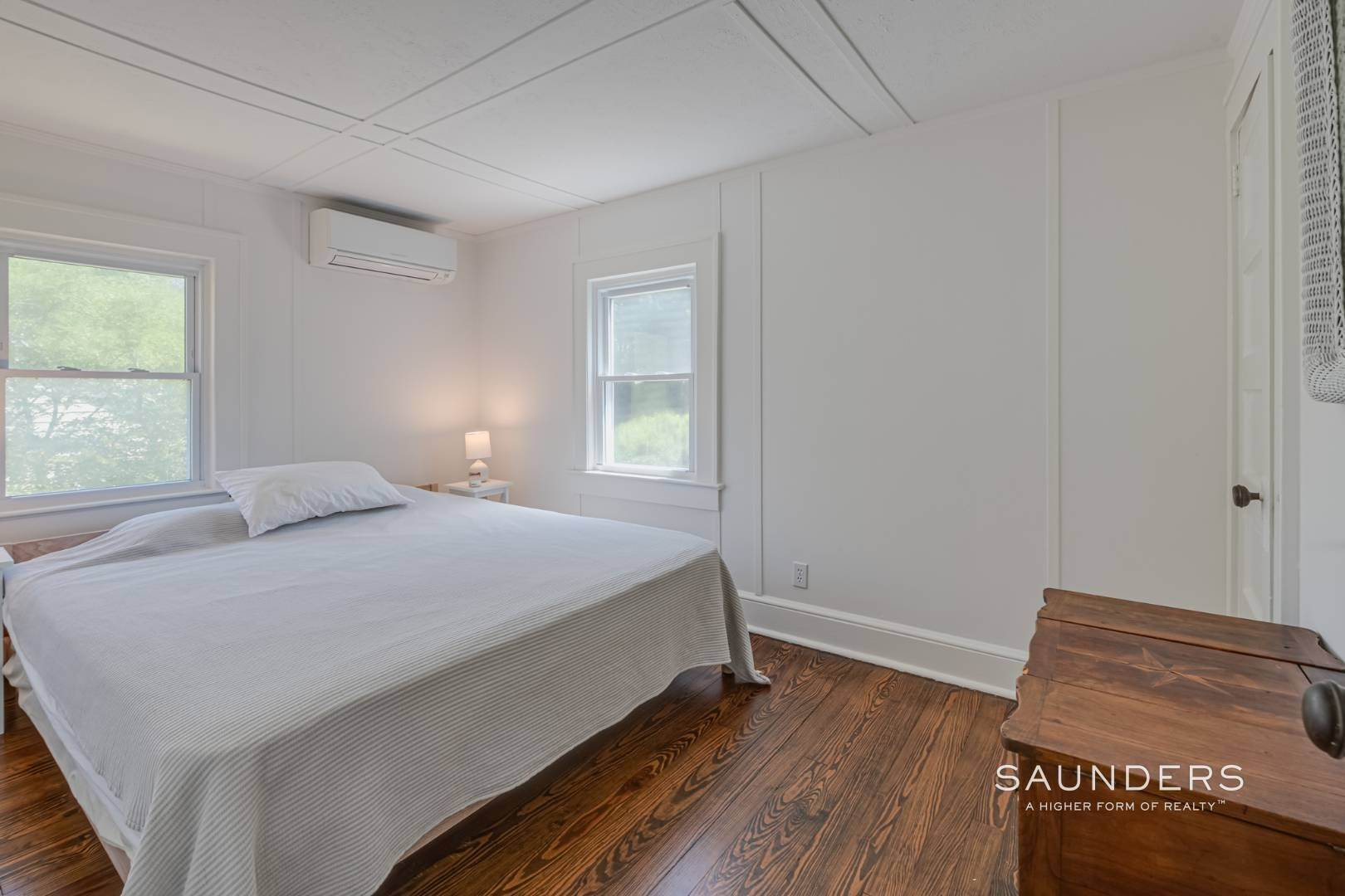 11. Single Family Homes for Sale at Charming Quogue Cottage South Of The Highway 34 Lamb Avenue, Quogue Village, Southampton Town, NY 11959