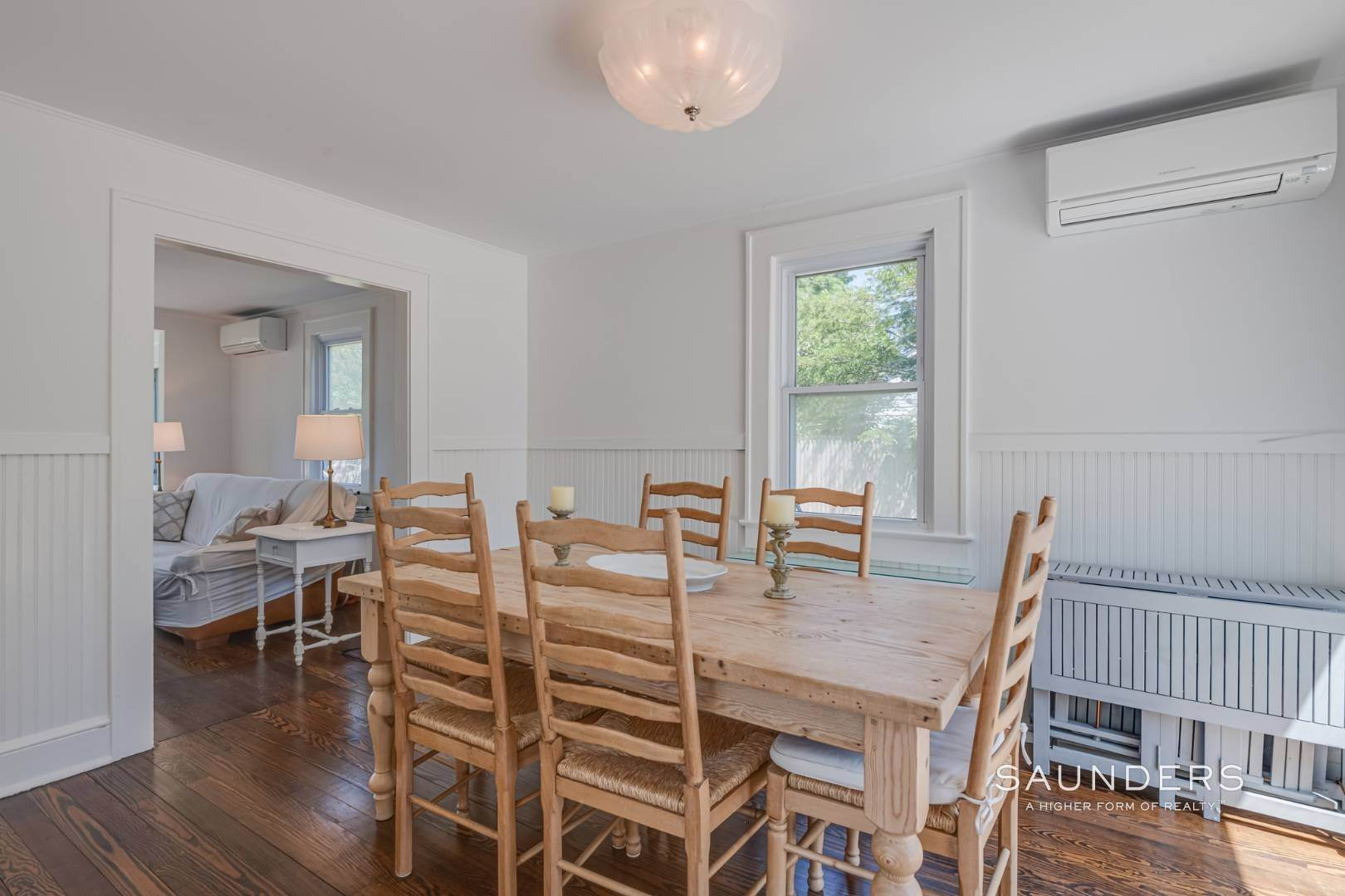 7. Single Family Homes for Sale at Charming Quogue Cottage South Of The Highway 34 Lamb Avenue, Quogue Village, Southampton Town, NY 11959