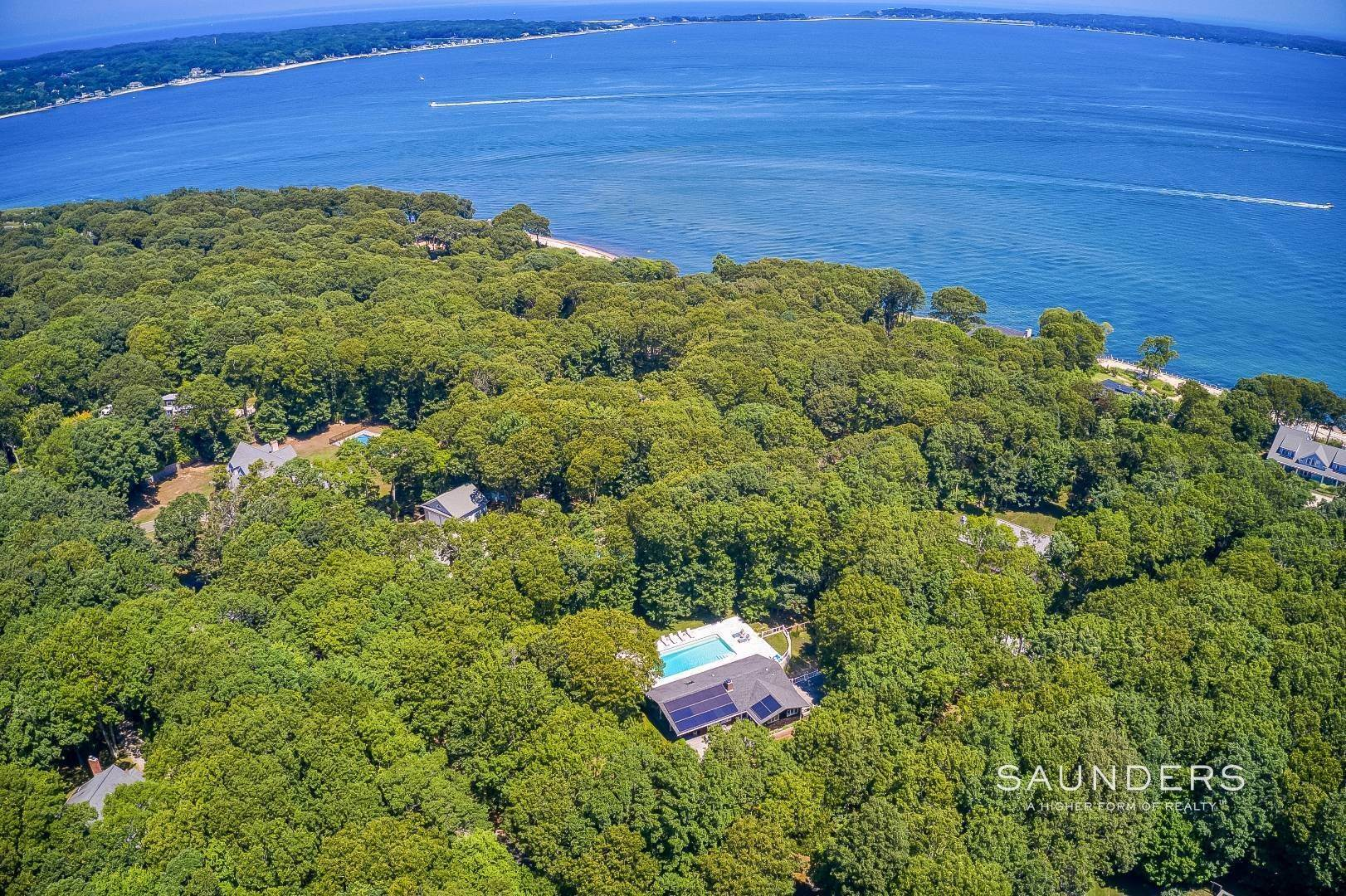 Single Family Homes for Sale at Shelter Island Resort Style Retreat With Pool Near Beach 8 Hay Beach Road, Shelter Island Heights, Shelter Island, NY 11964