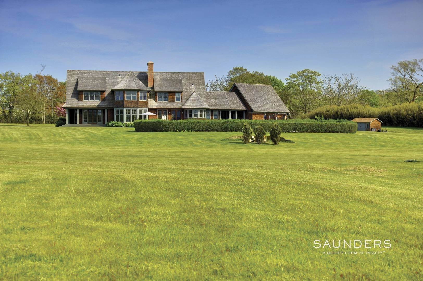 2. Single Family Homes at Sagaponack With Waterviews Pool And Tennis Sagaponack Village, Southampton Town, NY 11962
