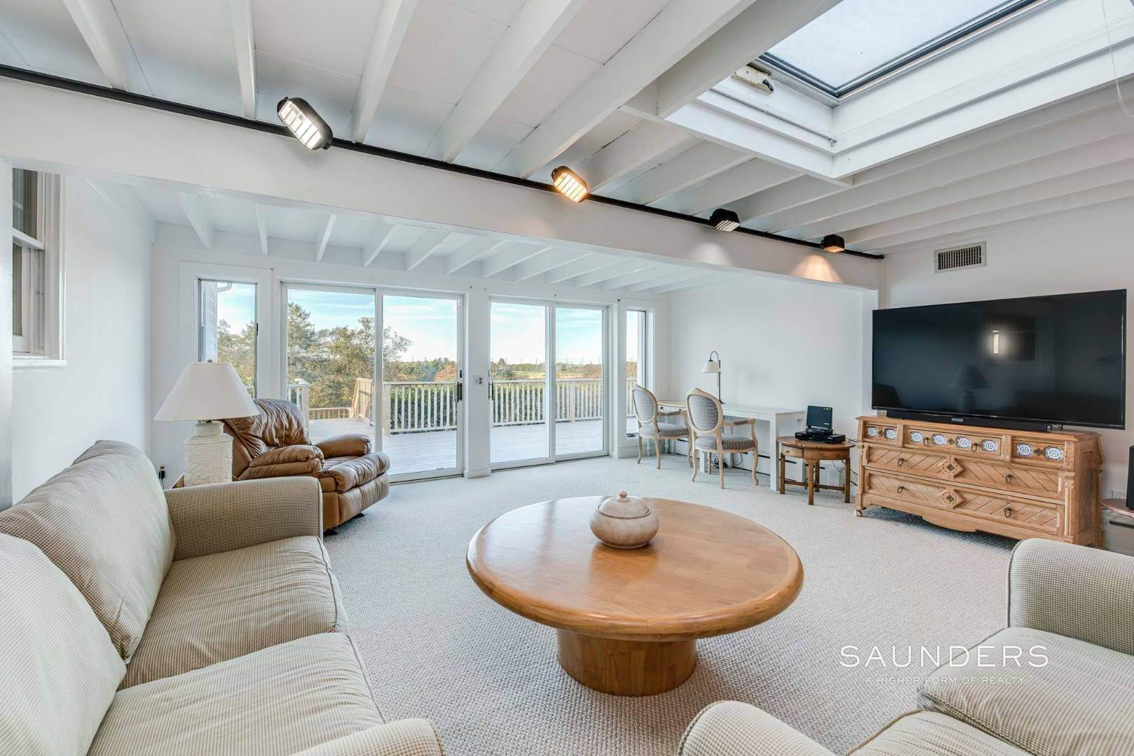 7. Single Family Homes for Sale at One Of A Kind Offered For The First Time! 100 South Fairview Avenue, Montauk, East Hampton Town, NY 11954
