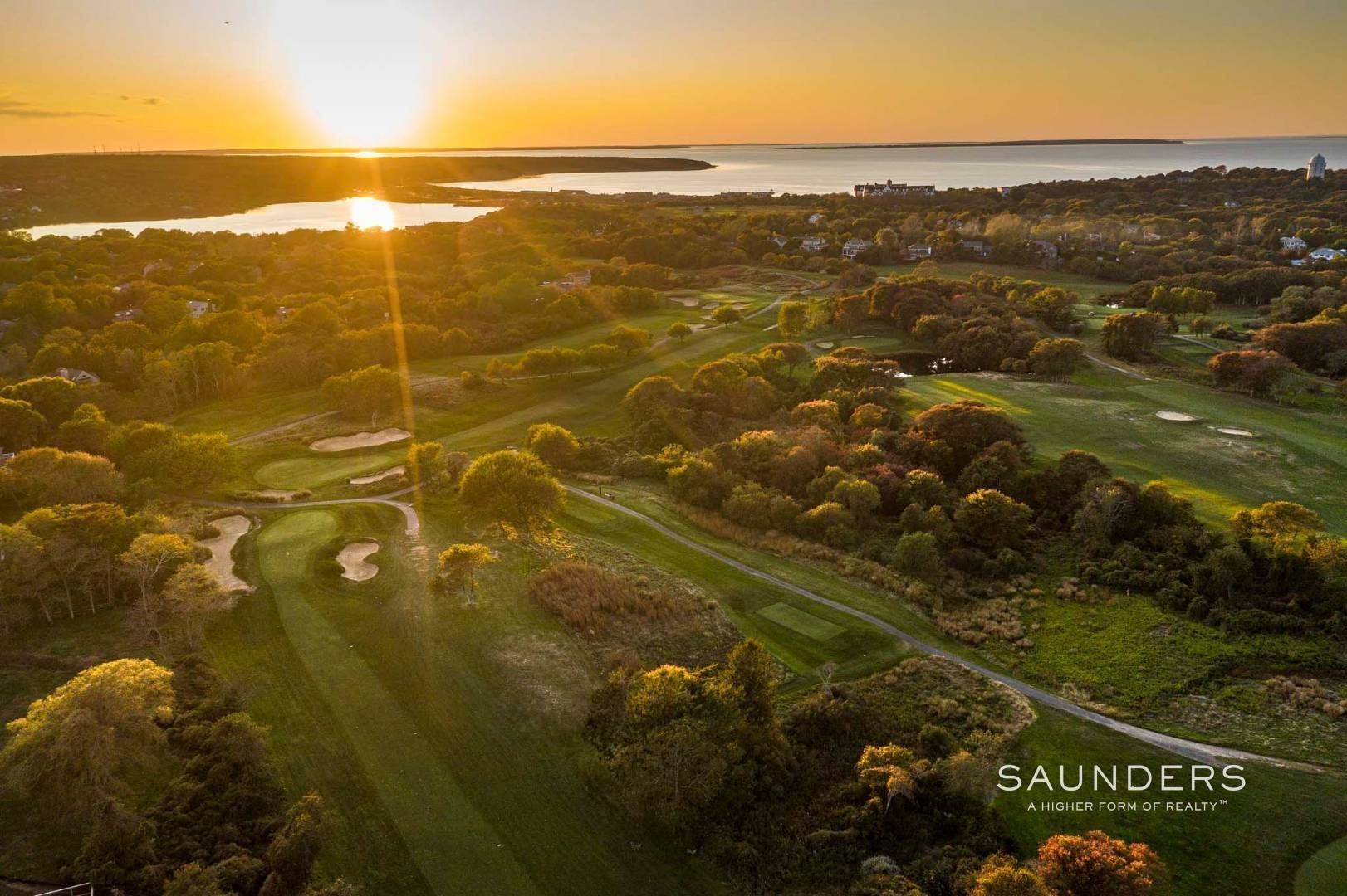20. Single Family Homes for Sale at One Of A Kind Offered For The First Time! 100 South Fairview Avenue, Montauk, East Hampton Town, NY 11954