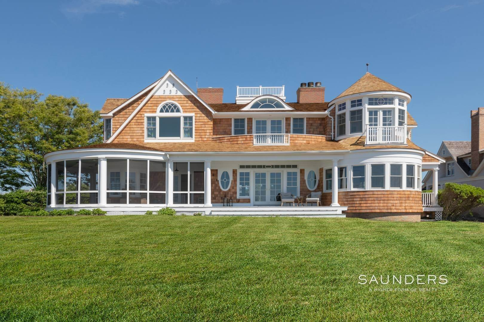 Single Family Homes at Fabulous Bay Rental For August In Quogue 33 Ogden Lane, Quogue Village, Southampton Town, NY 11959