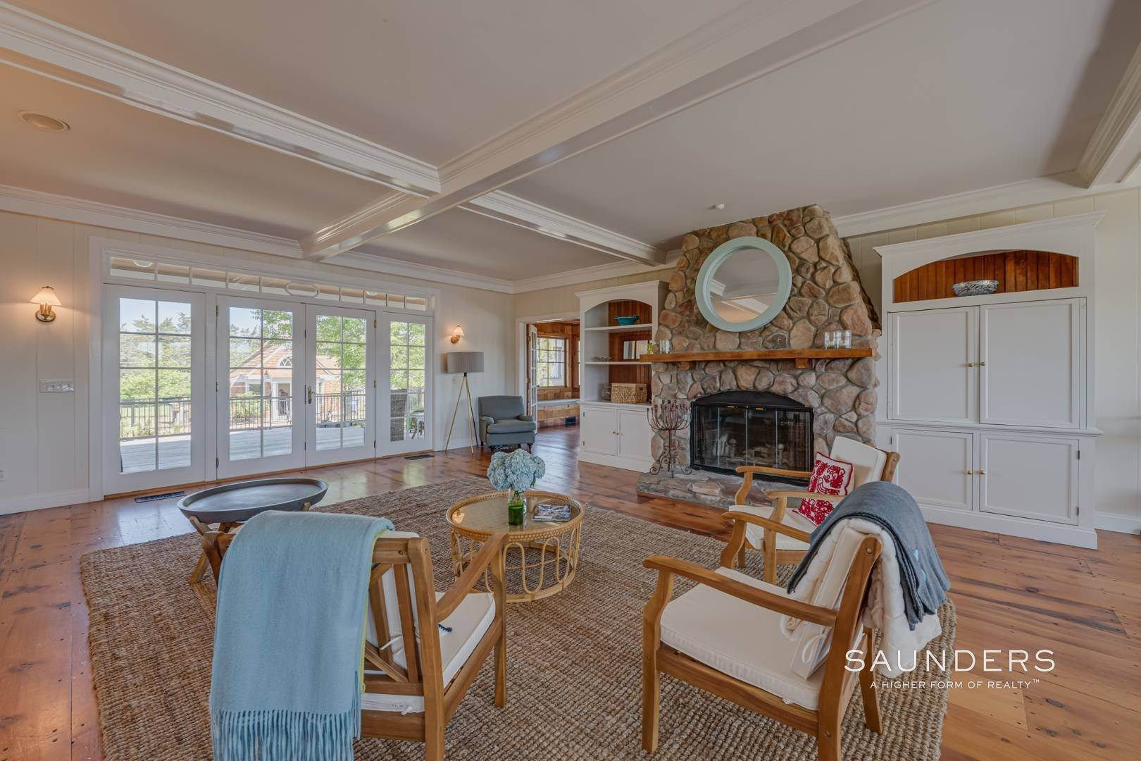 5. Single Family Homes at Fabulous Bay Rental For August In Quogue 33 Ogden Lane, Quogue Village, Southampton Town, NY 11959