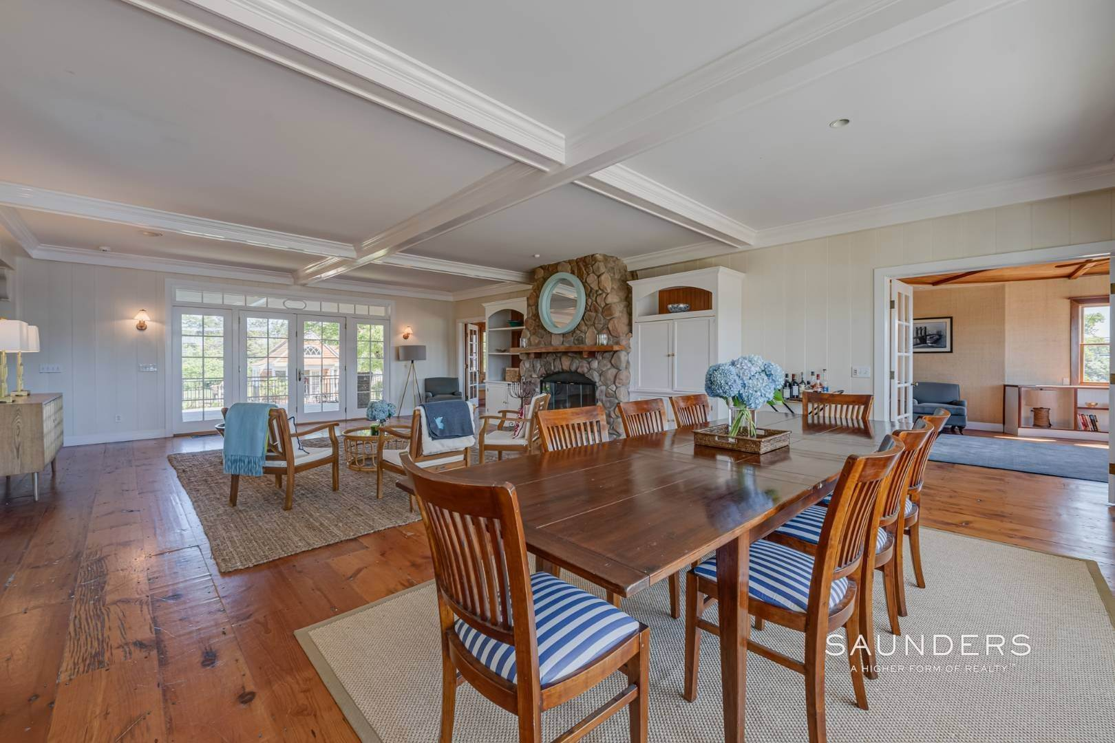 6. Single Family Homes at Fabulous Bay Rental For August In Quogue 33 Ogden Lane, Quogue Village, Southampton Town, NY 11959